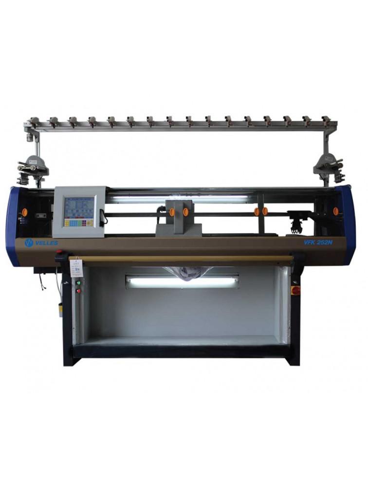 Трехсистемная плосковязальная машина VFK 360N